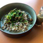 Pilzsalat mit Walnussdressing